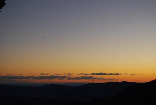 朝の赤い空