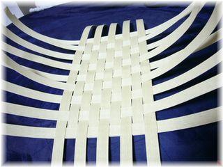 底から編み始める