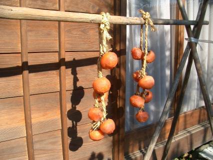 熟れすぎの干し柿