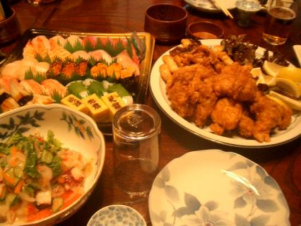 お寿司とから揚げは買いました(笑)