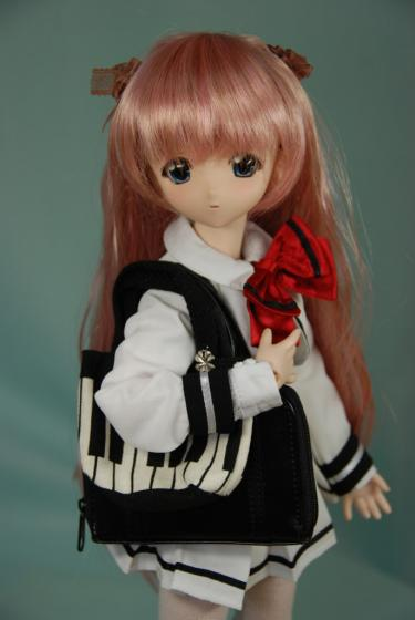 ピアノの鍵盤柄が可愛いの♪