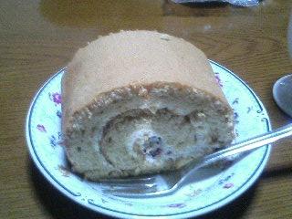 ルーヴのきなこロールケーキ