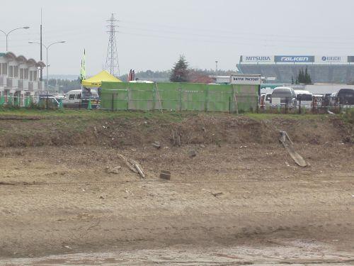 一部撤去された山田池のフェンス