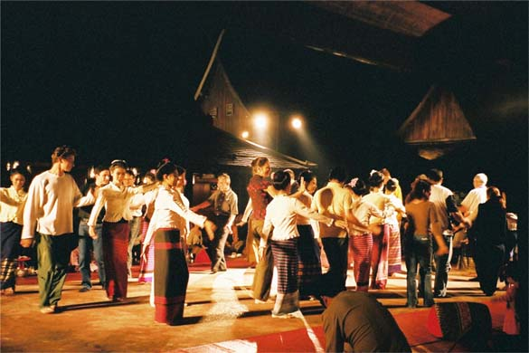 踊りディナー2