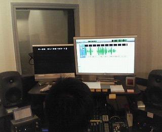 s-収録スタジオ・パソコン画面