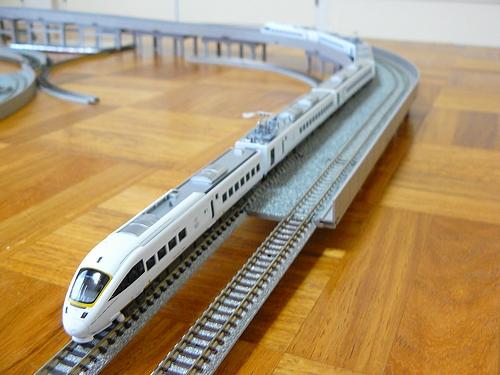 885-model2.jpg