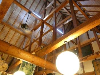 開放的な天井