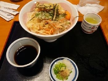 ミニ天ぷらコロうどん