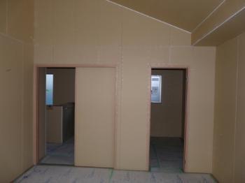ドアと引き戸の枠