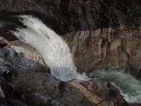 トンゴ滝(上段10m)