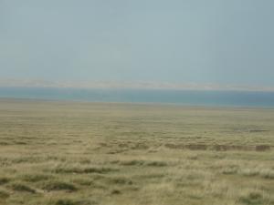 青海湖の端