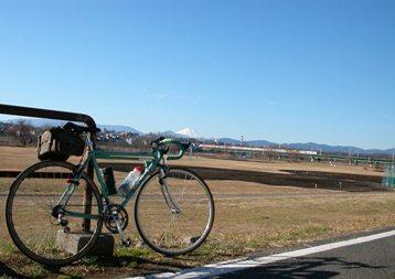 多摩川CRより富士山を望む